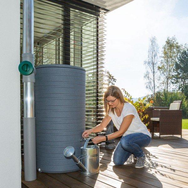 Regentonne Novara grau mit 285 Liter Volumen für das Regenwasser